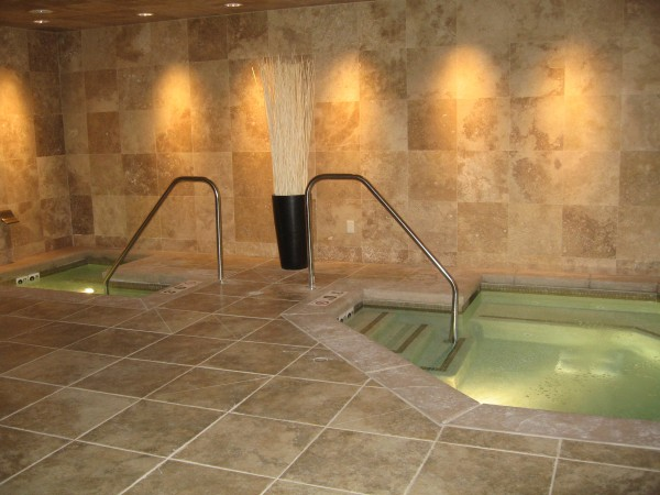 The spa features a hot tub and cold tub with aromatherapy