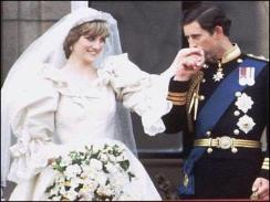 Princess Di made history with her gorgeous gown...a true sign of royalty.